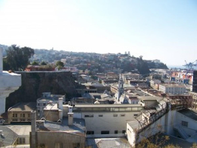 EscapeArtist – Providing Relief in Fire-Ravaged Valparaíso de Chile